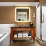 Traditional Room Bathroom